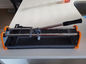 14'' Manual Tile Cutter Coupe-Carreaux manuel *LIKE NEW*