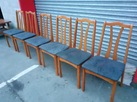 6 Retro Style Chairs
