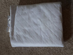 Baby blankets and crib sheets