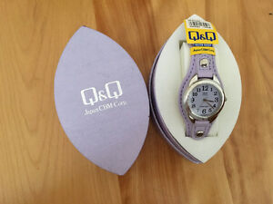 Q&Q water resistant watch West Island Greater Montréal image 2