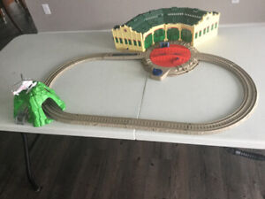 Thomas and friends Tidmouth Shed set