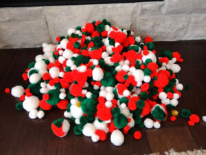 Selling approximately 1500 Pom Poms - Great for Crafts and Art