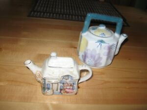 COLLECTIBLE TEA POTS - REDUCED!!!!