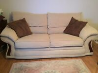 Really Comfy 3+2 Seater Settee .. Awesome Buy!!!!!
