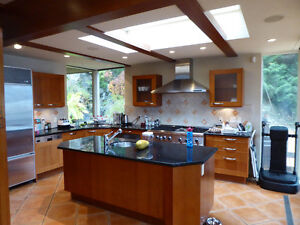Magnificent Property On the Water on 3 levels with cottage /deck North Shore Greater Vancouver Area image 10