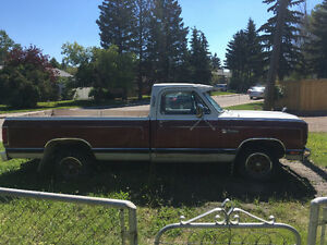 1985 Dodge Ram special 2wd