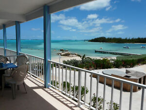 Beautiful Beachside Townhouse in Palm Bay Resort, Exuma
