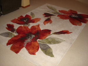 area rug - 5 ft X 7.5 ft
