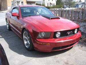 2006 Ford Mustang  GT V8  (2 portes)