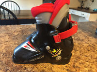 Toddler ski boots sz 15.5-16.5