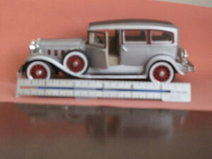 Diecast metal collectible miniature cars