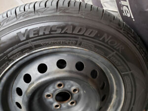 4 x Toyo 195/65 R15 All Seasons on Steel Rims w. TPMS