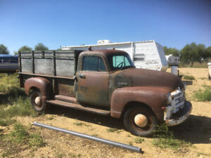 Need  Dodge  Ram 2500 4x4  Diesel chassis and drivetrain