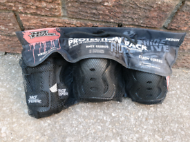 No Fear Skate Pads size MEDIUM