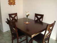 6 Seater/4 Seater Dinning Table