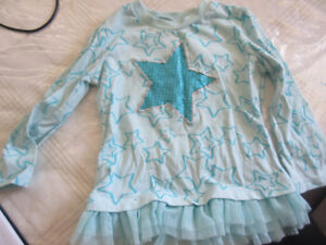 2T blue shirt with star