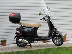 FOR SALE VESPA LX150 (902-368-2186)