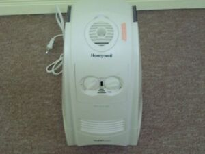Honeywell humidifier Excellent cond.