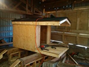 4 x 7 dog house for sale