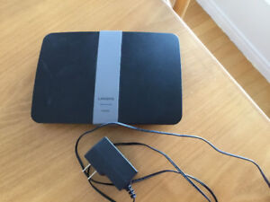 Router Linksys Ea6200