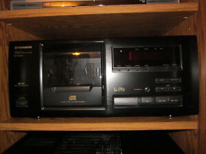 Pioneer CD Player (25-disc)