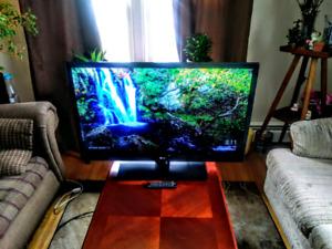 Super Slim 42 Inch LG 1080p full HD flat screen
