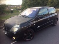 2004 Renault Clio 2.0 16v sport 3 door hatchback # only 75 k # leather /suede # xenons