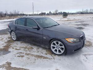 2006 BMW 330i So Clean!