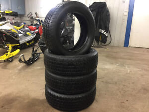 215/60 R17 Set of 4 NEW Snow Tires