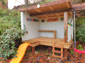 Free standing play den / hideout.