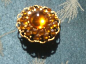 TOPAZ BROOCH AND PENDANT