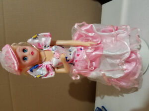 NEW Toy Doll