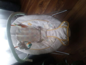 Bright Stars Baby Bouncy Chair