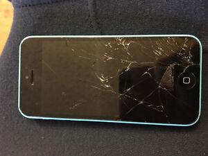 iPhone 5c 8gb (broken screen)