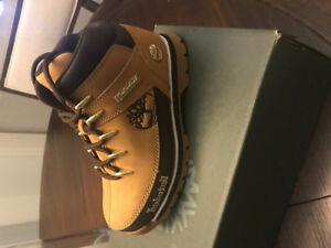 Youth Timberland boot-size 1