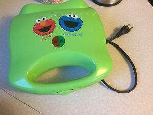 Sesame Street Elmo & Cookie Monster Electric Sandwich Maker