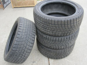 Winter Maxx 225/45R17 - 4 tires Excellent condition