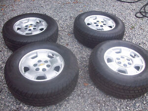 set of four Avalanche wheels and P265/70R17 tires