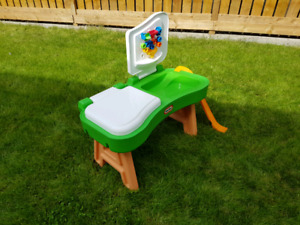 Kids water table splash table play center
