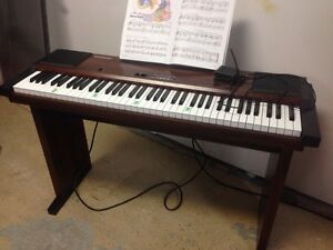 Roland HP100 electronic piano