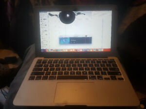 2012 macbook air 11 inch intel core i5works but needs new screen