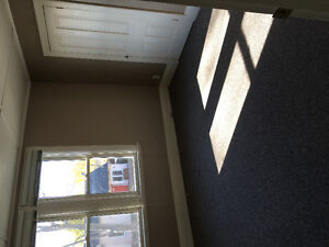 Bright Two Bedroom for Rent in Duplex $970 including utilities
