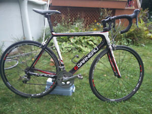 Vélo de route Garneau xinos X2 large carbon