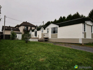 Belle maison mobile ( modulaire ) à vendre à St Jean sur richeli