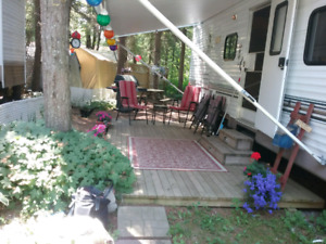2004 Mallard Travel Trailer For Sale