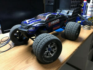 Traxxas E-Revo Brushless Edition RTR 4x4  w/TSM (UP FOR OFFERS)