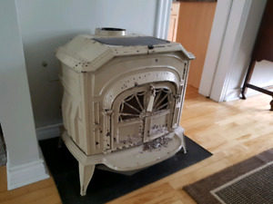 Vermont Casting Resolute Wood Stove