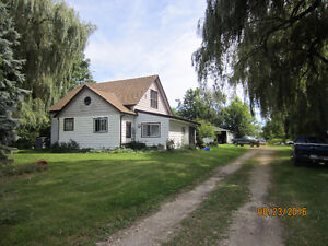 Country Home in Harrow- Privacy Galore! Windsor Region Ontario image 1