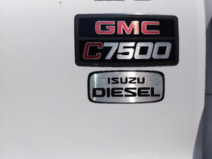 2008 GMC 24 foot deisel delivery truck