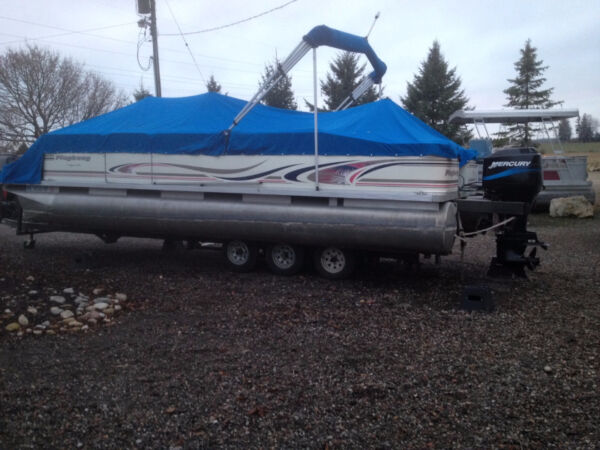 "Used 1999 Other 22"" Playbouy Pontoon"